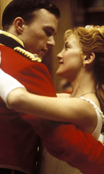 5x1: Kate Hudson, una bionda esplosiva - Le quattro piume
