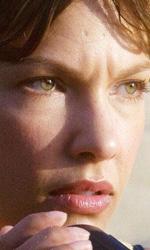 A Perfect Getaway: il poster del nuovo film di Milla Jojovich - Gina (Kiele Sanchez)