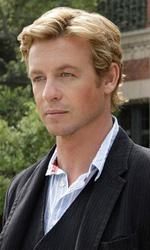I Griffin e The Shield sono le sorprese della 61° edizione degli Emmy - L'agente Teresa Lisbon (Robin Tunney) e Patrick Jane (Simon Baker)