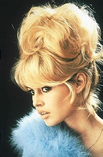 Parigi ricorda la leggenda di Brigitte Bardot - Leggenda