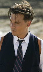 5x1: Capitano Johnny Depp - Tatuaggi, orecchini e passione rock di un musicista prestato al cinema