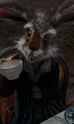 Alice in Wonderland: le immagini e il secondo trailer ufficiale - Il Leprotto Bisestile
