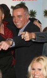 Natale a Beverly Hills: zio d'America - Il triangolo s�