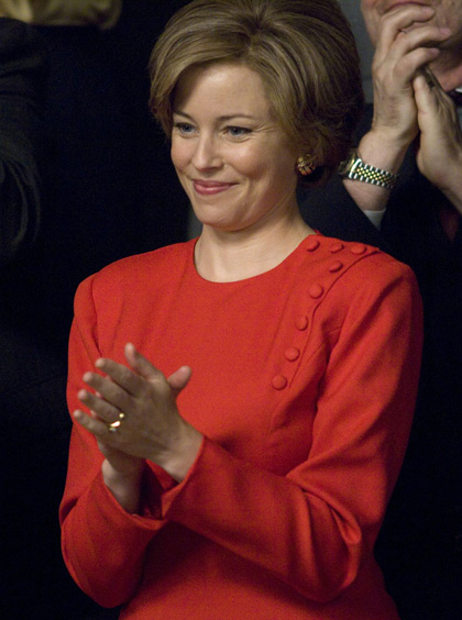 Elizabeth Banks � Laura Bush