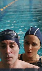 Giulia non esce la sera: poetiche del disagio - Creare in piscina