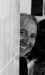 Giulia non esce la sera: poetiche del disagio - Lo scrittore e l'istruttrice (di nuoto)