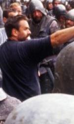 Luc Besson compie cinquant'anni - Besson durante le riprese di Giovanna d'Arco