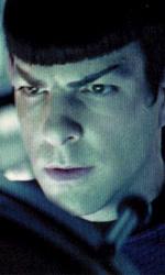 Star Trek: sequel annunciato - Sopra il giovane Spock (Zachary Quinto), in mezzo Uhura (Zoe Saldana), sotto James T. Kirk (Chris Pine)