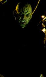 Star Trek: sequel annunciato - Sopra Nero (Eric Bana), in mezzo un alieno, sotto Spock (Zachary Quinto) saluta l'altro se stesso (Leonard Nimoy)