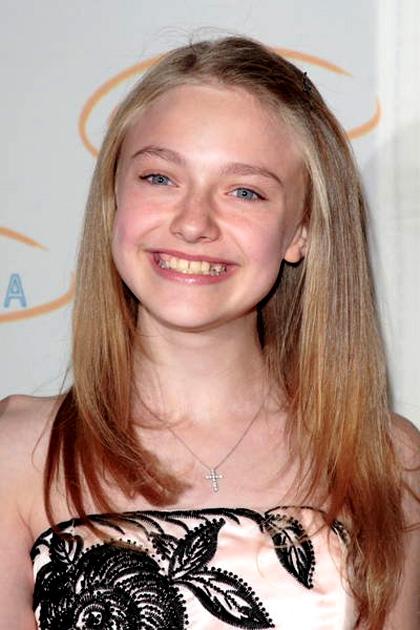 In foto Dakota Fanning (22 anni)