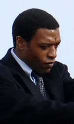 Salt: nuove immagini dal set - Chiwetel Ejiofor sul set