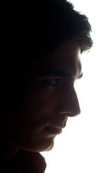 Dead of Night: prime immagini - Dylan Dog (Brandon Routh) mentre punta una pistola