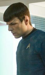 Star Trek: le immagini del dietro le quinte - JJ con Zachary Quinto nella stanza per il teletrasporto