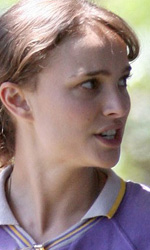 Hesher: le foto dal set di Natalie Portman e Joseph Gordon-Levitt - Nicole (Natalie Portman)