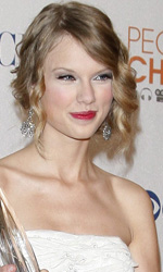 People's Choice Awards 2010: il red carpet - Taylor Swift, miglior artista femminile