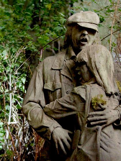 Delle vittime di Medusa trasformate in statue -