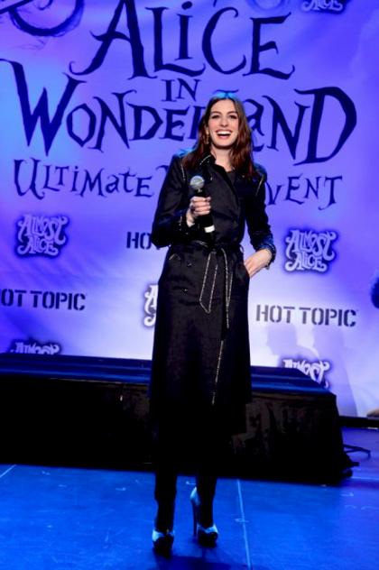 In foto Anne Hathaway (34 anni)