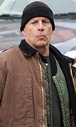 Red: prime foto sul set di Bruce Willis e Mary-Louise Parker - Willis � una spia braccata dalla sua vecchia agenzia