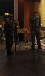 La città verrà distrutta all'alba: assetto antivirus anche a Roma - Pericolo, breccia nella sicurezza