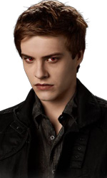 The Twilight Saga: Eclipse, arrivano i vampiri neonati nel trailer finale - Riley