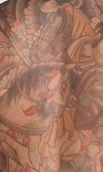 Predators: le immagini del Super Black Predator - La schiena di Hanzo