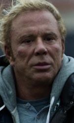 Film in Tv: lunedì 12 luglio - Mickey Rourke torna sulle scene con The Wrestler
