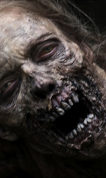 The Walking Dead: prime foto del cast - Uno zombie