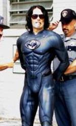 Arthur: Russell Brand e Luis Guzman sono Batman e Robin - La foto postata da Brand