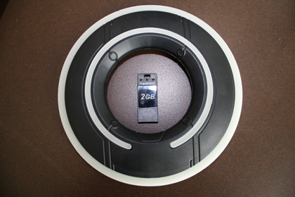 I gadget per la caccia al tesoro -  Dall'articolo: Comic-Con 2010: Tron: Legacy, io non sono tuo padre Sam.
