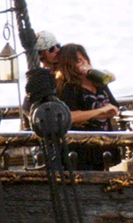 Pirates of the Caribbean: On Stranger Tides, Penelope Cruz con Depp sul set - Durante le prove