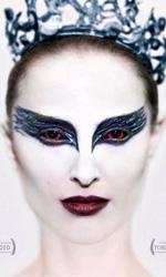 Black Swan: pazzia, piume e un bacio tra la Portman e la Kunis - Il bianco e il nero