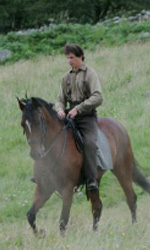 War Horse: prime foto dal set del nuovo film di Steven Spielberg - Irvine a cavallo