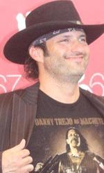 Machete: il nuovo film di Rodriguez arriva a Venezia - Da galeotto a star del cinema, Machete consacra Danny Trejo