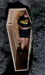 Buried: dovete aiutarmi - Gli spettatori nelle bare mentre guardano il film