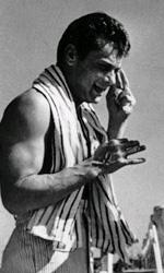 Tony Curtis muore a 85 anni - Curtis accanto alla Monroe