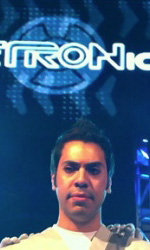 Tron: Legacy, le foto del pre-test di ElecTRONica - Il club End of the line