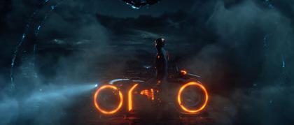 -  Dall'articolo: Tron: Legacy, le foto del pre-test di ElecTRONica.