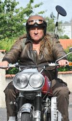 Un viaggio in moto con Depardieu - Serge parte da casa in sella alla sua Mammuth