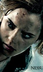 I sei character poster italiani di Harry Potter e i doni della morte - Il character poster di Hermione (Emma Watson).
