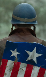 Prime foto ufficiali di Captain America: The First Avenger - Chris Evans interpreta Steve Rogers aka Capitan America.