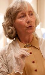 Foto ufficiali del film Incontrerai l'uomo dei tuoi sogni - Gemma Jones interpreta Helena.