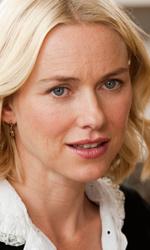 Foto ufficiali del film Incontrerai l'uomo dei tuoi sogni - Naomi Watts interpreta Sally.