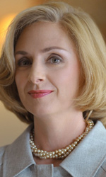 La fotogallery del film I due presidenti - Hope Davis interpreta Hillary Clinton.