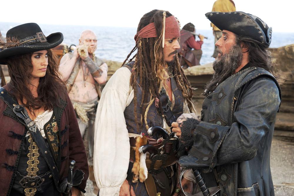 Trailer italiano e foto di Pirati dei Caraibi 4: Oltre i Confini ...