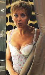 La fotogallery del film L'esplosivo piano di Bazil - Julie Ferrier interpreta la madre di plastica.