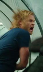 Trailer italiano e screenshoot del film Thor - Si pu� notare come Thor indossi degli abiti normali.