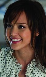 La fotogallery del film Vi presento i nostri - Jessica Alba interpreta Andi.