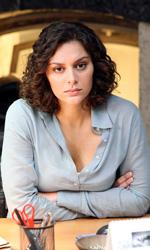 Caccia all'Ottavo Re di Roma - Daria Lucente alla scrivania.