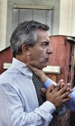 La fotogallery del film Into Paradiso - Vincenzo Cacace furioso con Alfonso.
