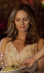 La fotogallery del film Il truffacuori - Juliette viene servita direttamente da Alex.